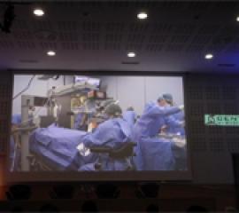 Operaţia realizată de dr. chirurg Ozana Moraru - transmisă live la Congresul Internaţional al Societăţii Franceze de Oftalmologie