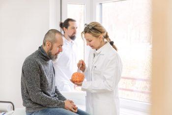 Consideratii fiziopatologice si terapeutice asupra maladiei Alzheimer