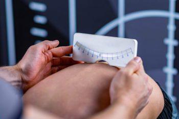 Metode clasice de tratament pentru prevenirea, corectarea și diagnosticarea atitudinii deficiente scoliotice
