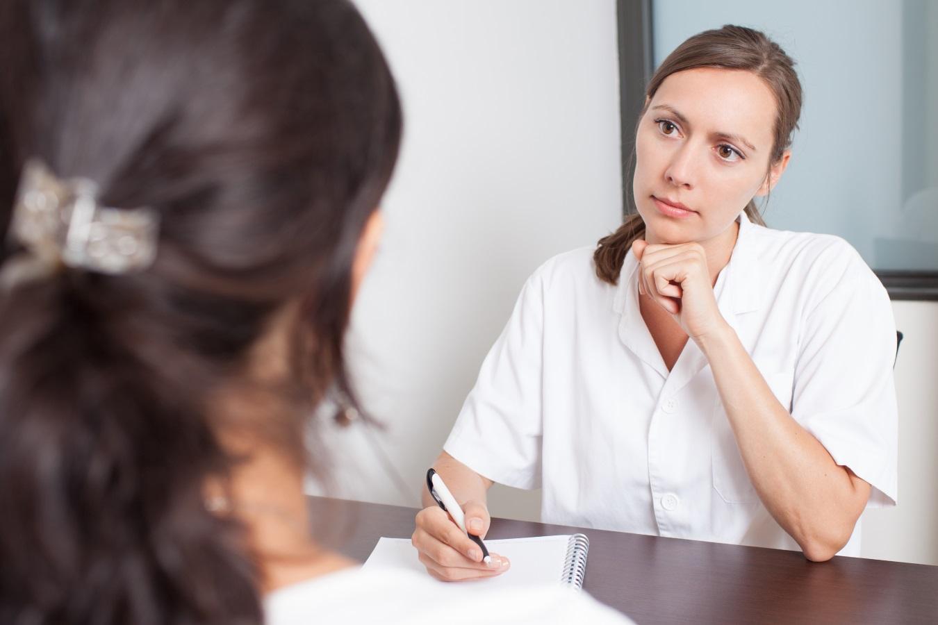 Pierderea în greutate poate opri hirsutismul, tulburările de androgen