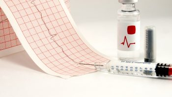 Terapia anticoagulantă în prevenirea evenimentelor embolice la pacienții cu fibrilație atrială