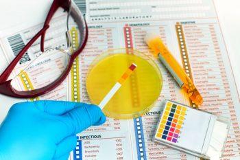 Infecția urinară la pacientul vârstnic cu boală renală cronică