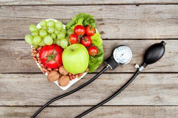 Managementul nutrițional al dislipidemiilor: reducerea riscurilor cardiovasculare (Partea I)