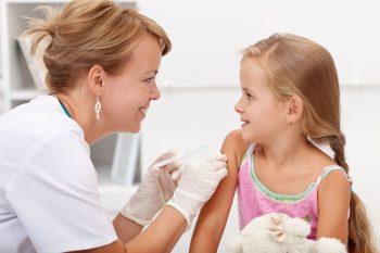 Colegiul Medicilor din România condamnă campaniile care denigrează vaccinarea