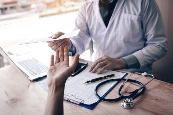 Cum se eliberează concediile medicale în caz de carantină