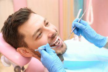 Medicii stomatologi cer redeschiderea cabinetelor