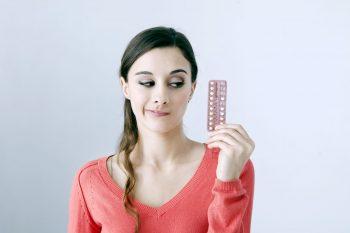 Noile contraceptive hormonale: avantaje, riscuri și limitări