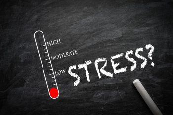 Ce legătură există între febră și stres?