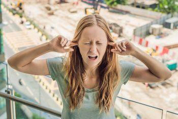 Zgomotul urban crește riscul demenței