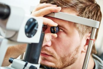 Hipertensiunea oculară, factor de risc în apariția glaucomului