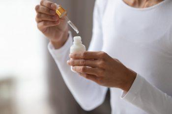 Ingrediente active anti-aging cu aplicare topică