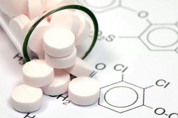 S-a descoperit un medicament eficient pentru două tipuri de cancer