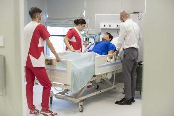 Academia Europeană pentru Asistenți Medicali pregăteşte o nouă generaţie de studenţi