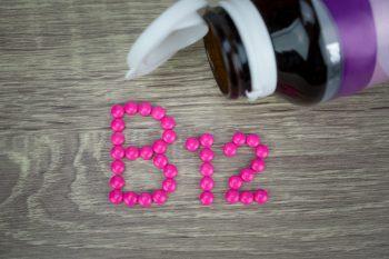 Suplimente mineralo-vitaminice necesare în alimentaţia bazată pe plante